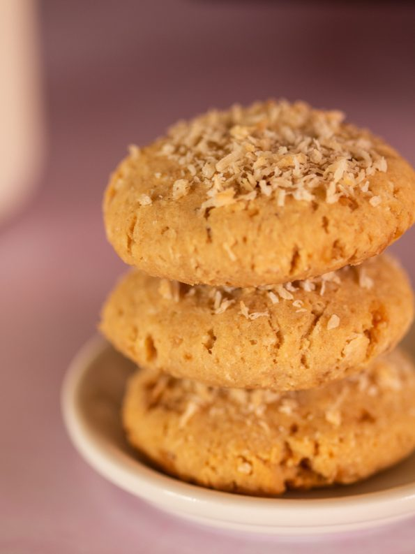 egg free whole wheat coconut biscuits
